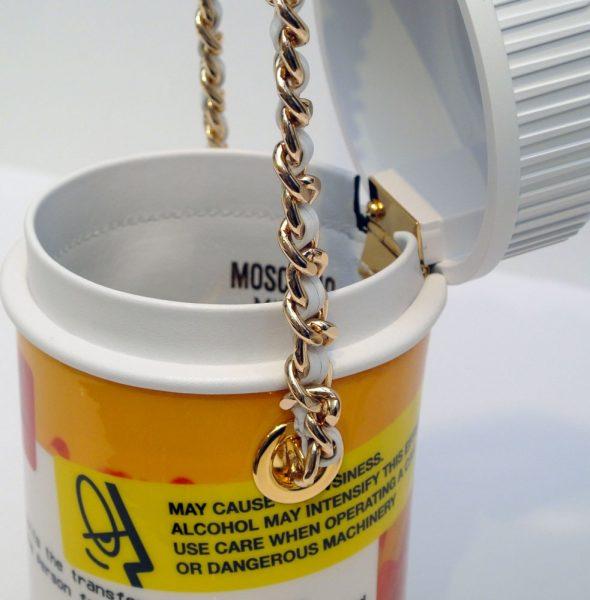 moschino-pill-pot-crossbody-bag2