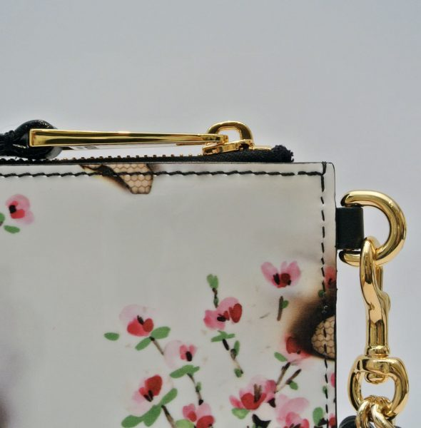 moschino-white-burnt-floral-printed-patent-leather-clutch2